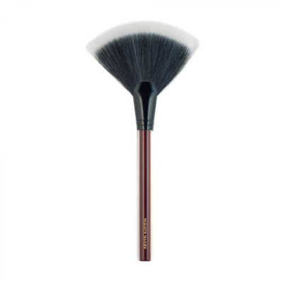 Кисть веерная Kevyn Aucoin The Large Fan Brush: фото